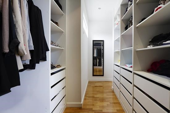 Built-In Cupboards (1)