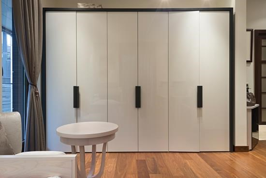 Built-In Cupboards (4)